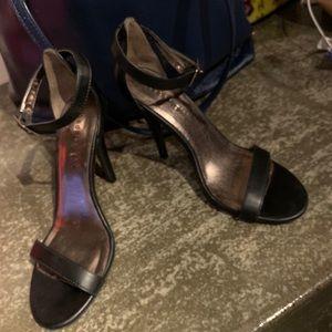 S Madden Strap Heels matte black